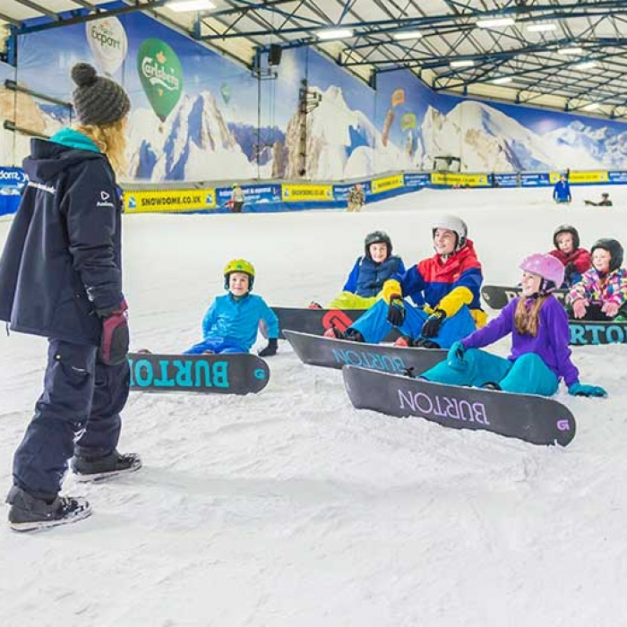 snowboard-lessons-group-instructor